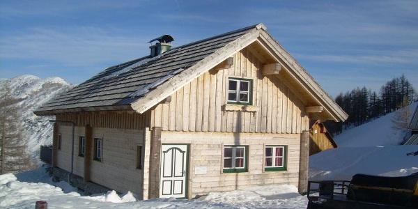 Almrauschhütte, Küchenzeile