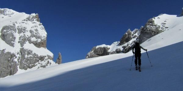 Between Mt. Prisojnik and Mt. Razor