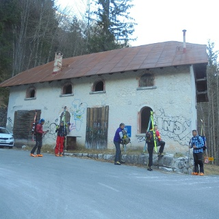Roadmen house