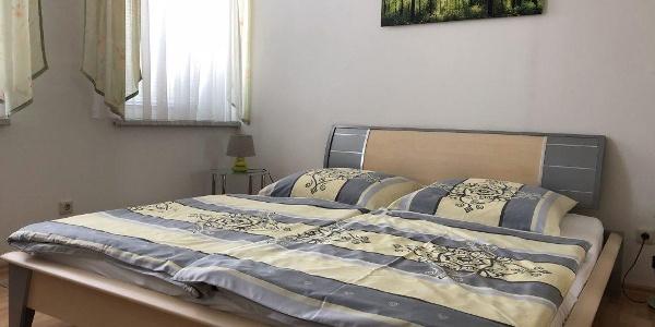Schlafzimmer-1-1-1024x768