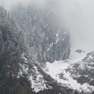 Neuschnee ab 1300m - hier Blick ins Schobertal