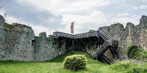 Aussichtsplattform im Innenhof