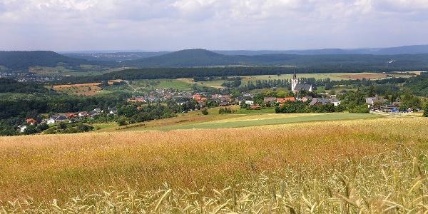 Felderlandschaft in der Mosel-Eifel