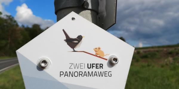 Wegweiser zum ZweiUferPanoramaweg