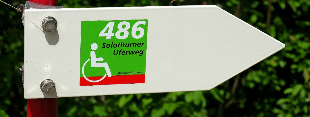 Wegweiser am Solothurner Uferweg.