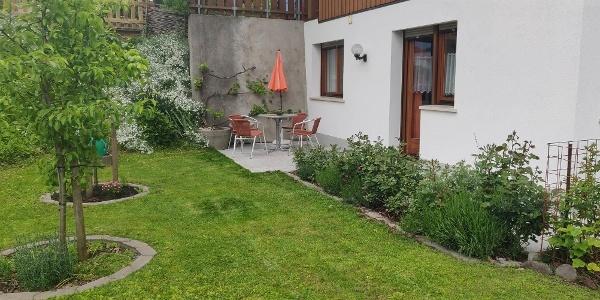 Garten und Terasse Sommer