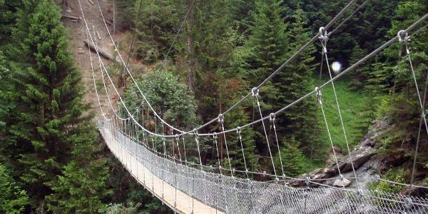 Die Chleibach-Hängebrücke