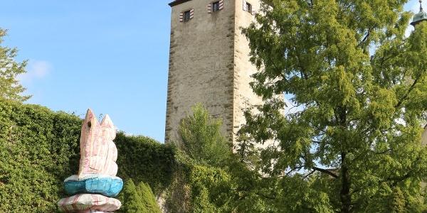 Schurkenturm mit Burggarten