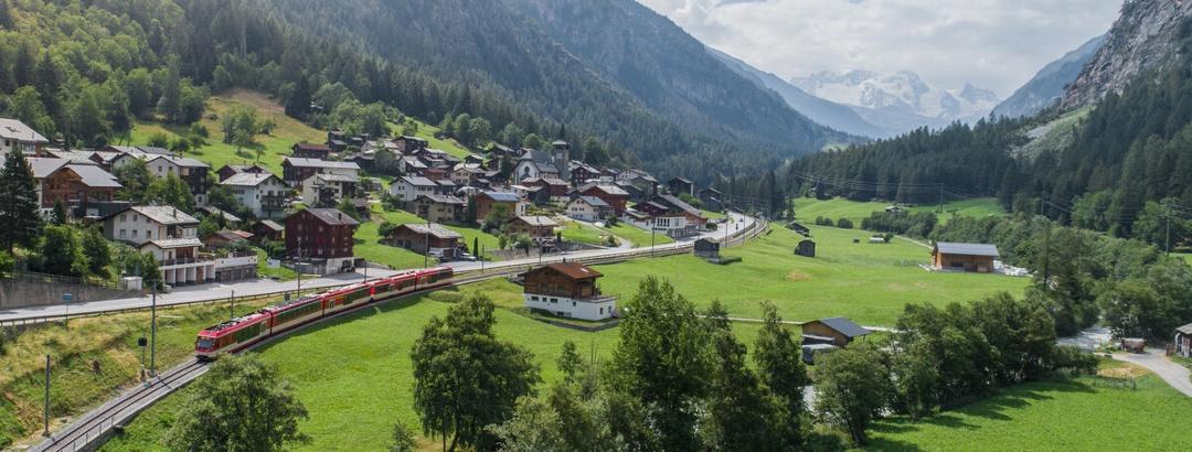 Matterhorn Gotthard Bahn in Herbriggen im Mattertal