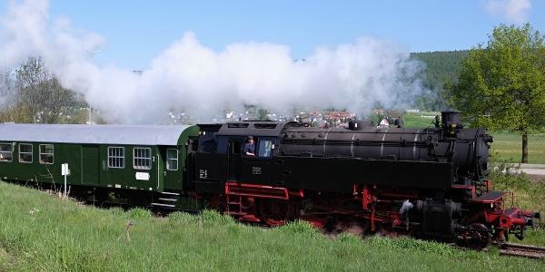Wutachtalbahn auf der Fahrt zum Museumsbahnhof Blumberg-Zollhaus