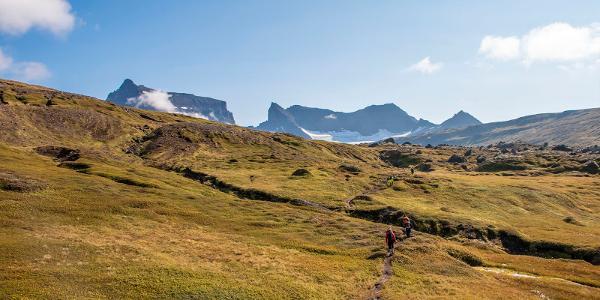 Po pár kilometrovej turistike cez mokrade prichádzame do oblasti Stórurð