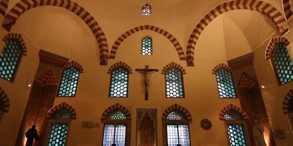 A mihráb felett ma Jézus vigyázza a híveket Gázi Kászim pasa dzsámijában