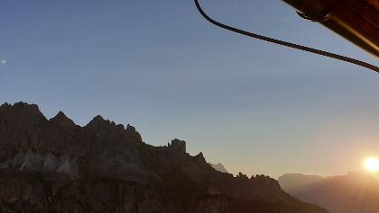 Foto von : Auf leichten Klettersteigen von Hütte zu Hütte durch den Rosengarten •  (05.07.2019 11:24:59 #1)