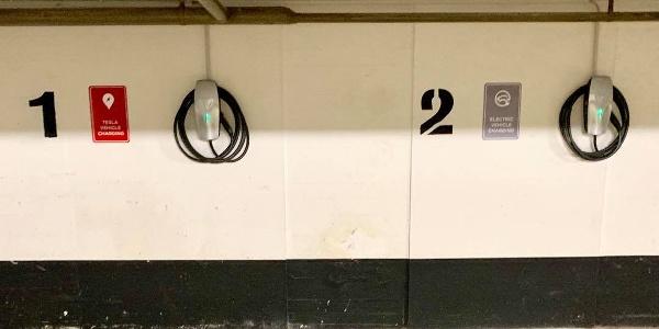 E-Ladestelle in der Tiefgarage des Avalon Hotels Bad Reichenhall