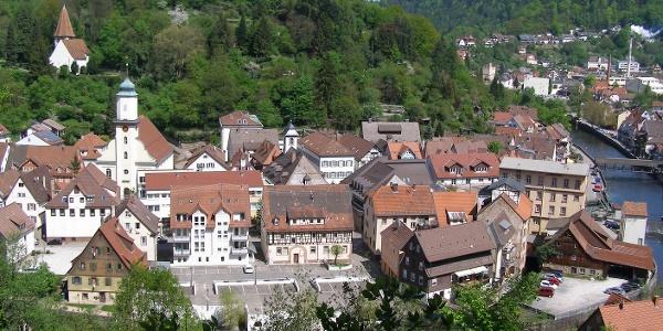 Neuenbürg mit Blick zum Schloss
