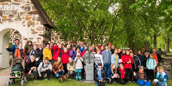 Pilgrims infront of Nagu Church, only 1130km left to Trondheim