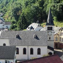 Die Kirche St.Maximin im Ortskern von Bettingen