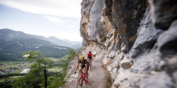 Ein weiteres Highlight der Gravel Bike Tour - die Fahrt durch die Ewige Wand