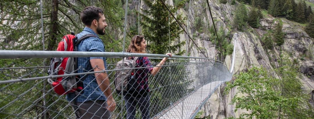 Hängebrücken Mekka Aletsch - Goms: 5 Brücken und 1 gemeinsames Ziel: Abenteuer auf luftigen Pfaden
