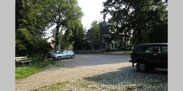 Parkplatz 2 NUZ Oberlauterbach