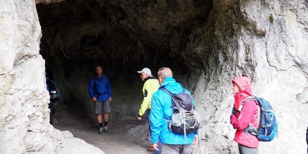 Höhleneingang ~935m