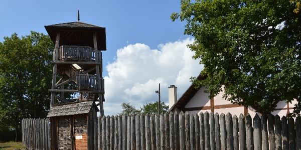 der Turm im Keltendorf