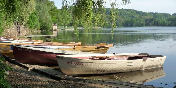 Boote am Burgäschisee.