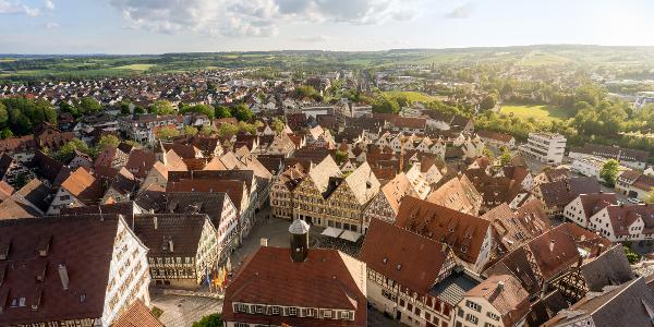 Aussicht vom Stiftskirchenturm von der Balustrade des Glockenmuseums