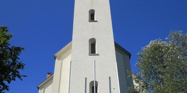 Start am Busbahnhof bei der Pfarrkirche St. Gordian und Epimach.