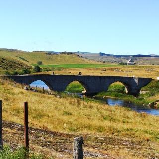 Pilgern - man findet immer eine Brücke