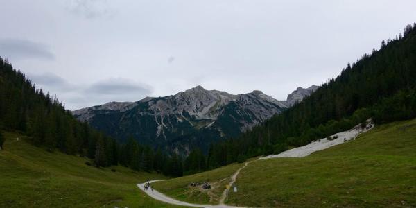 Aussicht von der Fischbachalm - erste Rast nach dem Bike-Part.