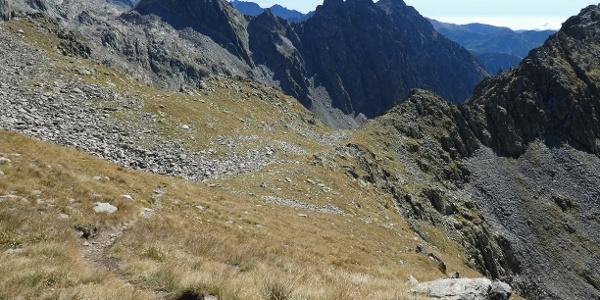 Der sanfte Gipfelhang der Cima di Mercantour