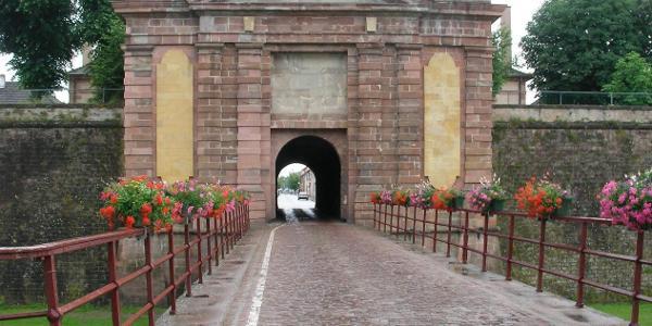 Porte de Colmar à Neuf-Brisach (Haut-Rhin, France)