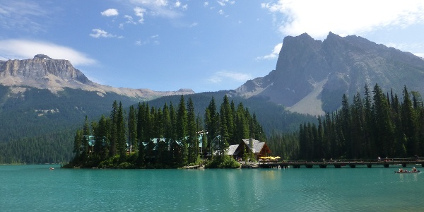 Emerald Lake mit Emerald Lake Lodge.