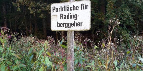 """Parkplatz """"Nur für Radingberggeher"""""""