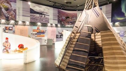 Tunturi-Lapin luontokeskus luonto- ja kulttuurinäyttely kertoo saamelaisista
