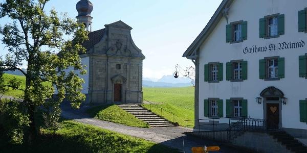 Das Gasthaus St.Meinrad und die Meinradskapelle