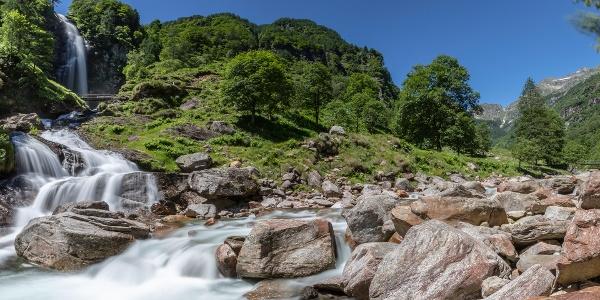 Cascata La Froda, Sonogno