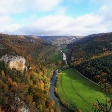 Blick vom Knopfmacherfelsen Richtung Kloster Beuron.