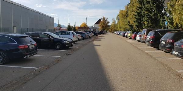 Parkplatz P1 hinter dem Bahnhof Kempten in der Eicherstrasse
