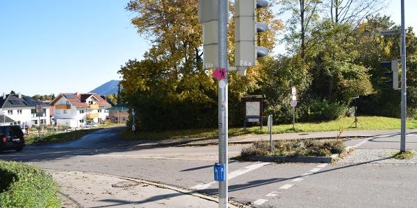 Überquerung der Hochstiftstraße an der Ampelanlage
