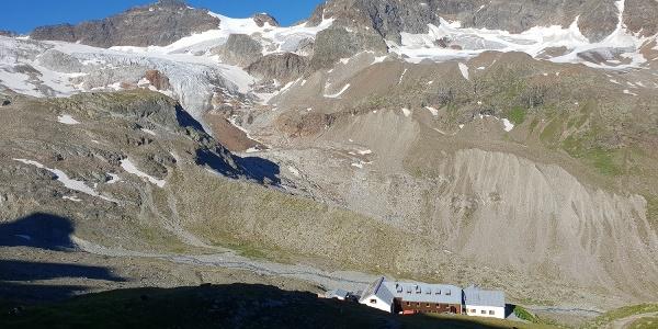 Blick auf Wiesbadener Hütte