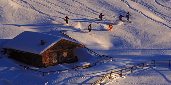 Pampeago-Predazzo-Obereggen, sciatori al tramonto