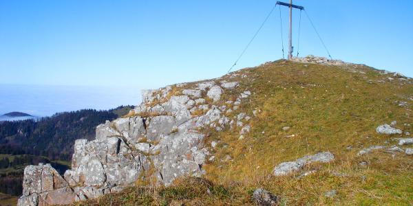 Zwar ohne Schutzhütte, dafür weitaus einsamer als die Reisalpe präsentiert sich der Hochstaff-Gipfel