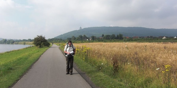 Wanderweg an der Weser
