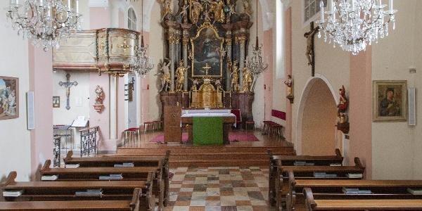 Pfarrkirche Puch mit Blick zum Altar | Orgelwandern