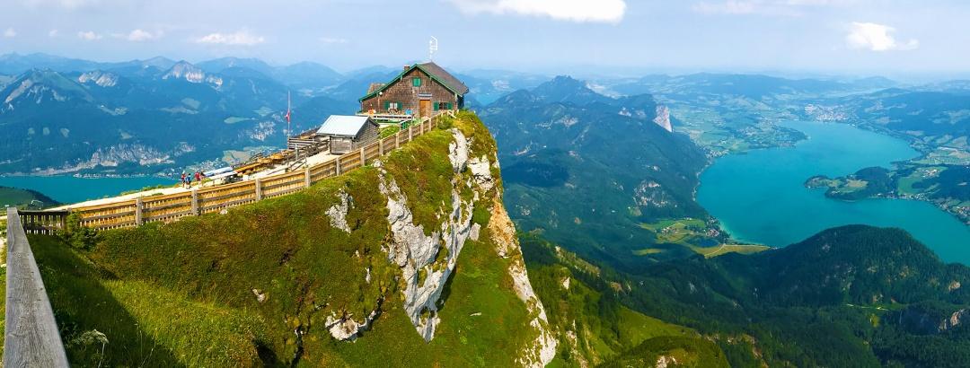 Das Schutzhaus Himmelspforte auf dem Schafberg