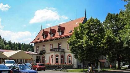 Hotel Mezni Louka