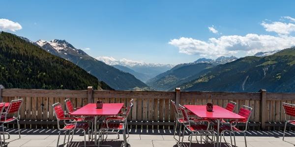 Panorama terrace mountain hotel Chäserstatt