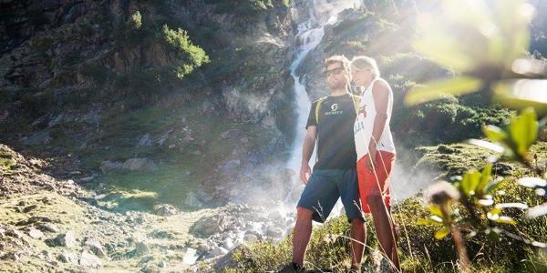 Mit dem wilden Wasser auf Tuchfühlung - das können Sie am WildeWasserWeg im Stubaital gehen
